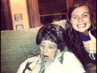 Селфи с мертвой бабушкой